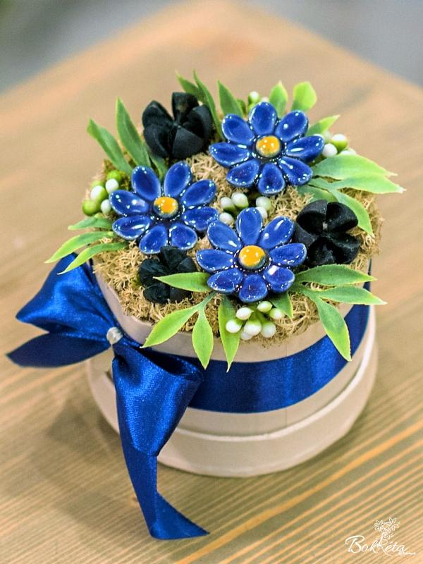 Ceramic flower: Mini Flower Box - Blue Daisy