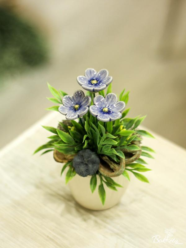 Ceramic flower: Mini Centerpiece - Blue African Violet