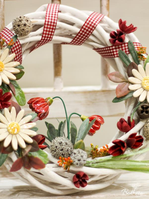 Ceramic flower: Large Door Wreath -  White Daisy and Primrose