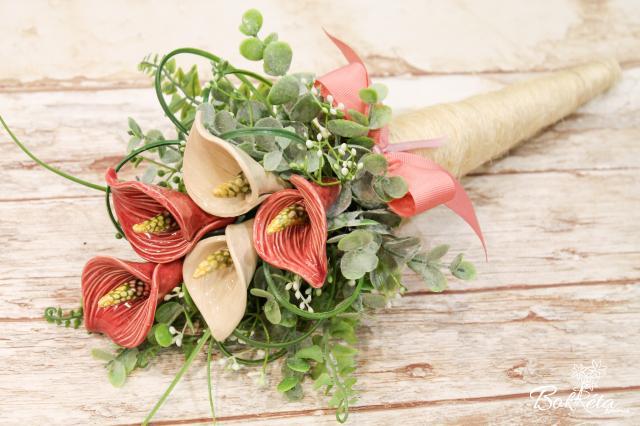 Kerámia virág: Tölcséres Közepes Csokor - Kála