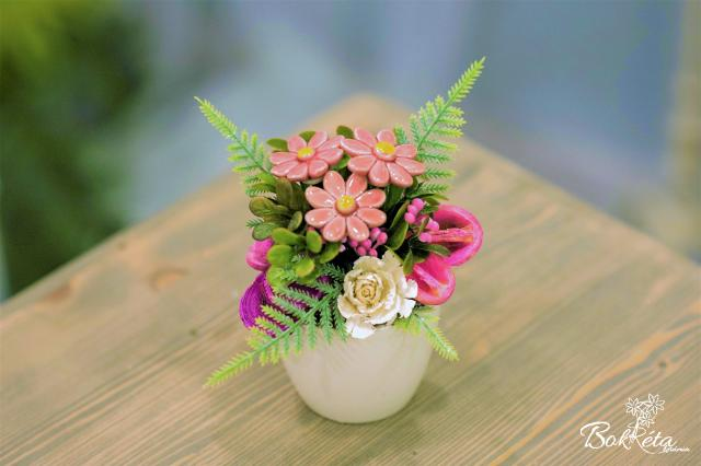 Ceramic flower: Mini Centerpiece - Pink Little Daisy