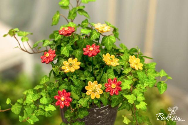 Kerámia virág: Kicsi Margaréta