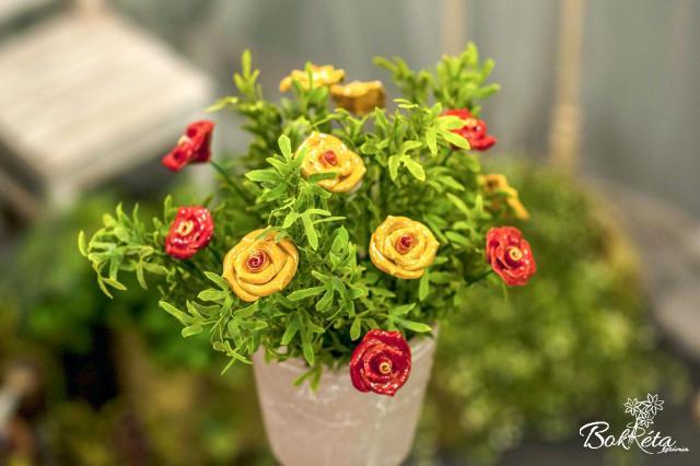Ceramic flower: Rose