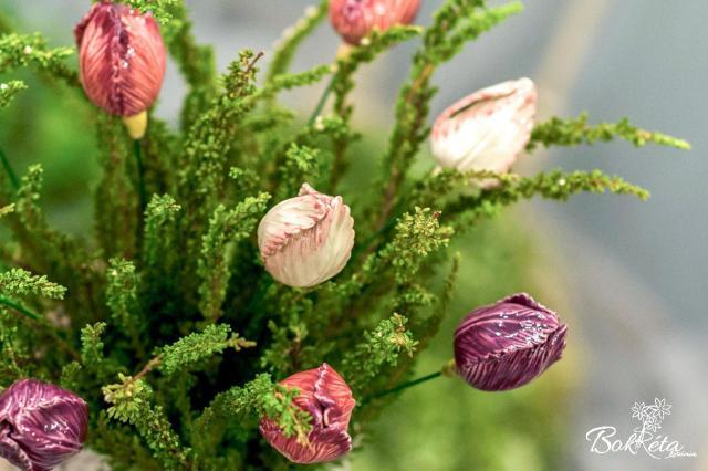 Ceramic flower: Tulip