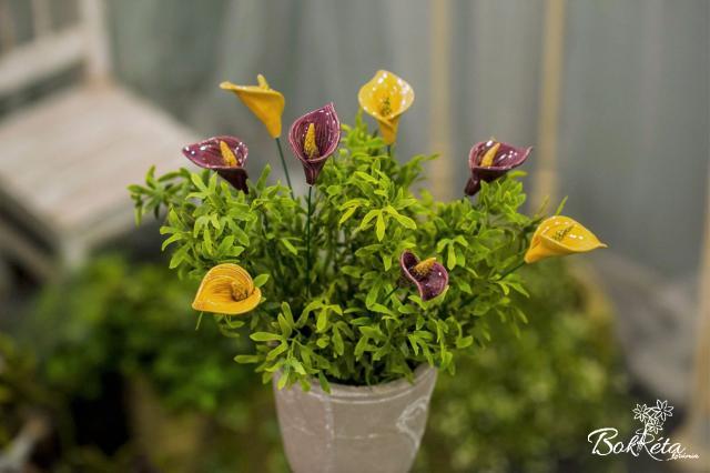 Kerámia virág: Kála
