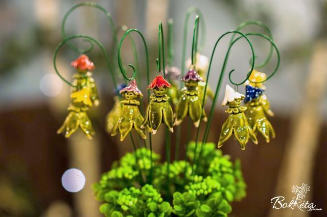 Ceramic flower: Elf