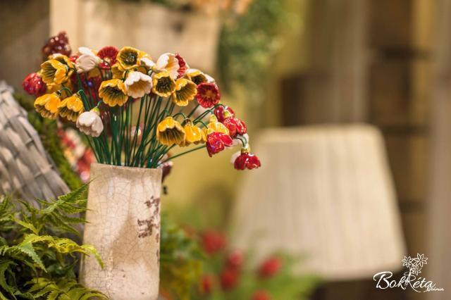 Ceramic flower: Primrose