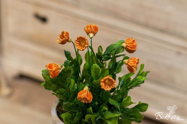 Ceramic flower: Primula