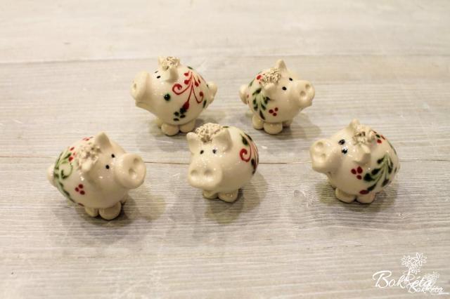 Ceramic flower: Piglet
