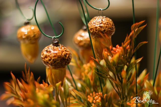 Kerámia virág: Makk