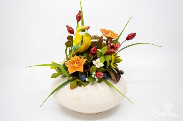 Kerámia virág: Fehér Nagylencse Madárkával