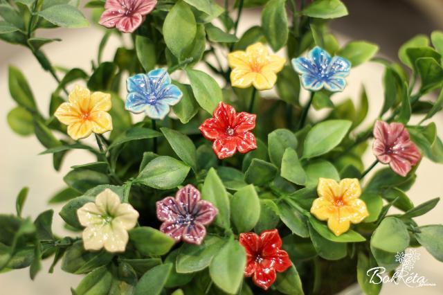 Ceramic flower: Mirabilis