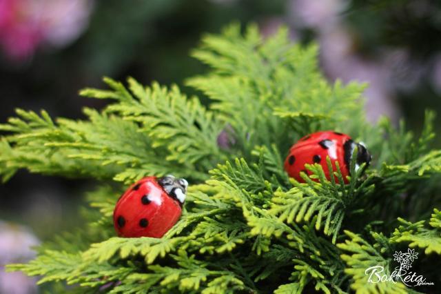 Ceramic flower: Ladybug