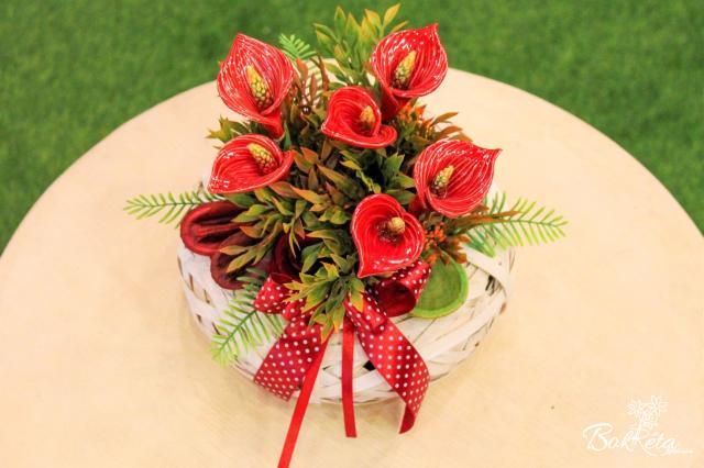 Ceramic flower: Little Basket - Red Calla